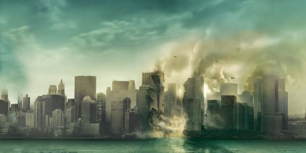 New York City burns in Cloverfield