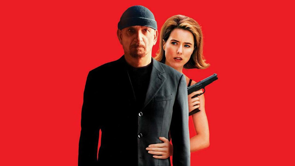 Tea Leoni clings to the menacing Ben Kingsley in You Kill Me