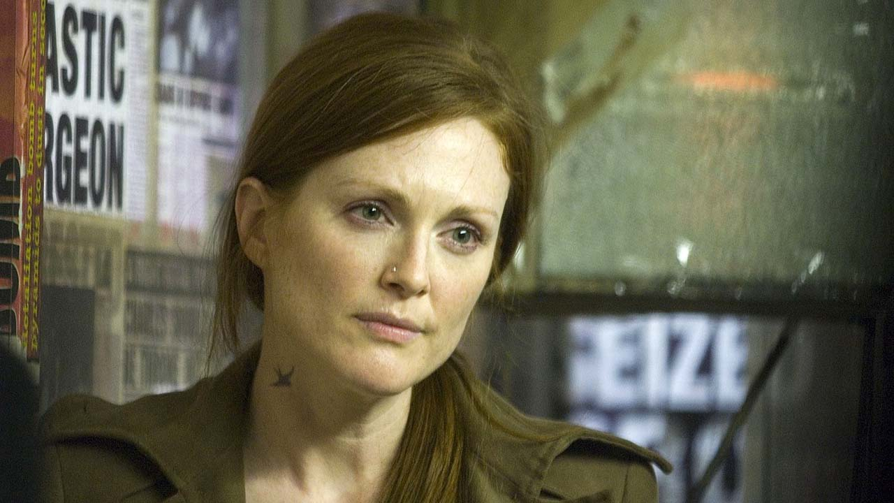 Julianne Moore in Children of Men