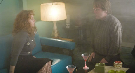 Samantha Morton and Philip Seymour Hoffman in Synecdoche, New York