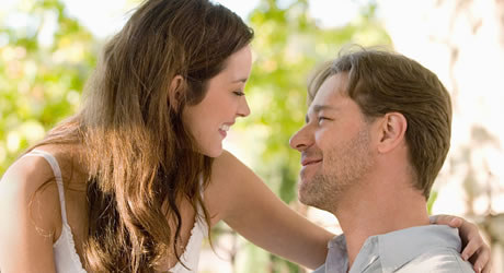 Marion Cotillard and Russell Crowe in A Good Year