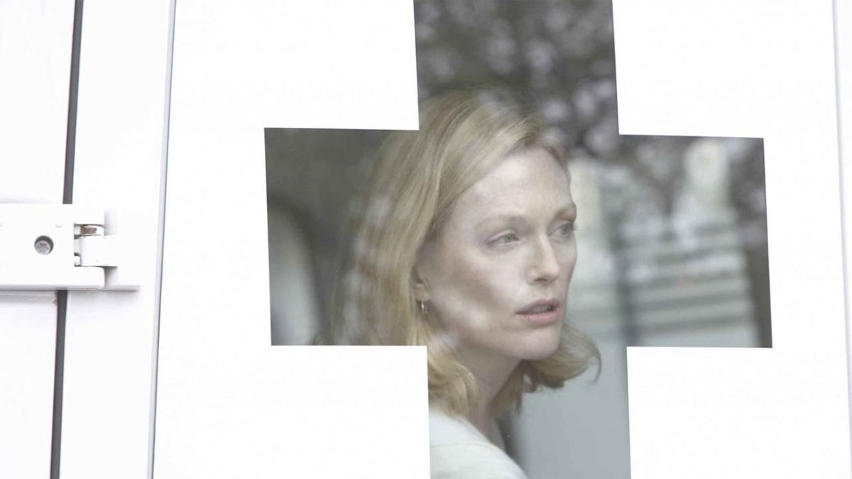 Julianne Moore in Blindness