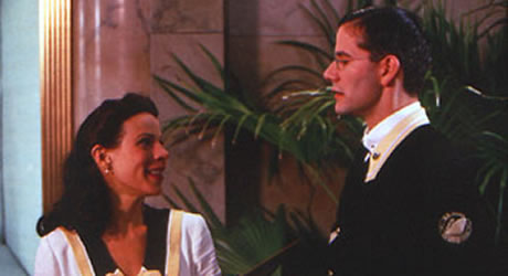 Lili Taylor and Campbell Scott in The Impostors