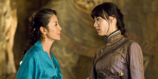 Michelle Yeoh and Isabella Leong in The Mummy 3: Tomb of the Dragon Emperor
